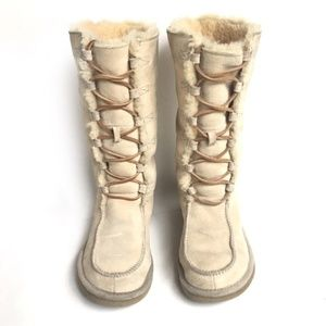 UGG ptown Lace Up Boots in Sand Size 8